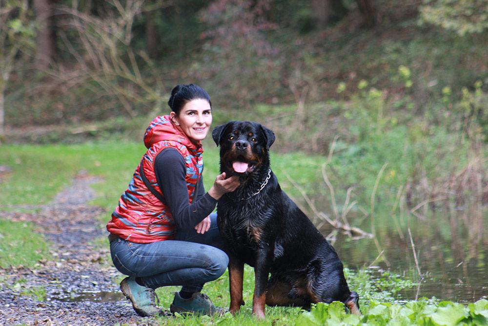 Bianca Moosbrugger mit Rottweiler